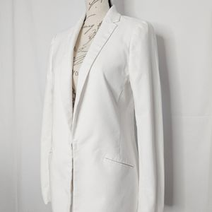 EUC Banana Republic white long sleeved blazer